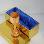Wedding goblet in wood with 2 rings