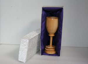 Goblet in cherry wood in presentation box