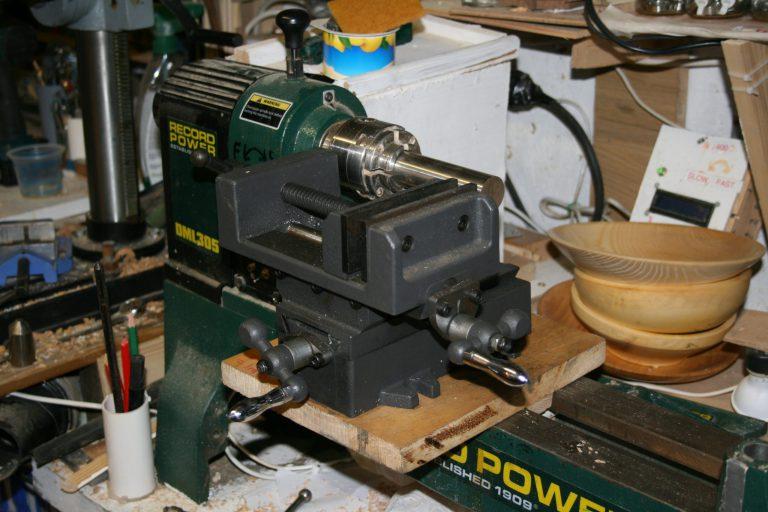 Vice on record DML 305 woodturning lathe